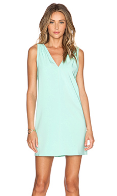 BLAQUE LABEL V-Neck Dress in Mint