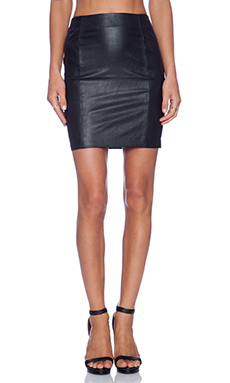 BLAQUE LABEL Leatherette Skirt in Black