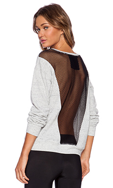 FIT MESH SWEATSHIRT
