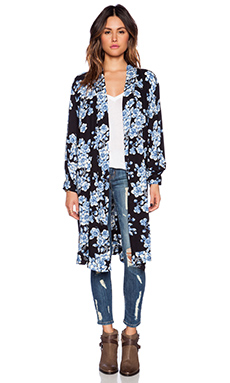 Blue Life Wild World Kimono in Blue Gardenia