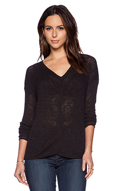 Bella Luxx Seamed Front V Neck Sweater in Black