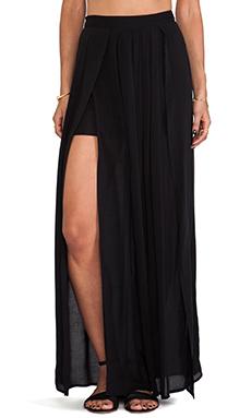 Bella Luxx Pleated Maxi Skirt in Black