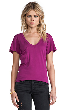 Bobi Light Weight Jersey V Neck Pocket Tee in Fuchsia