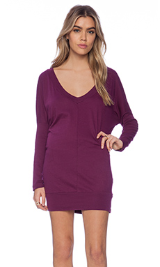 Bobi Light Weight Jersey Long Sleeve Dolman V Neck Tunic in Candy