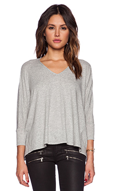 Bobi Light Weight Jersey Dolman V Neck Tee in Heather Grey