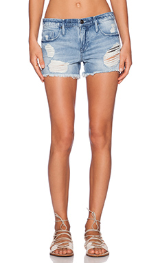 Black Orchid Boyfriend Short in Wild Child