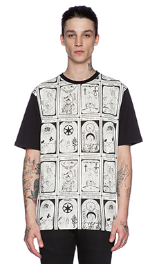 Black Scale Insight Tee in White