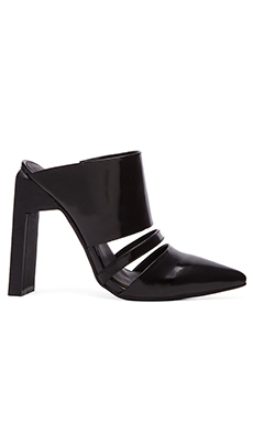 C/MEO Never Say Never Mule in Black