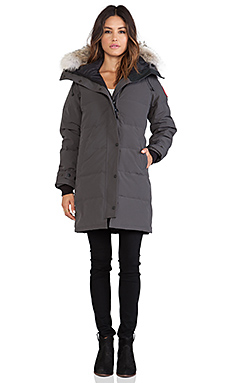 Canada Goose Shelburne Parka with Coyote Fur Trim in Graphite