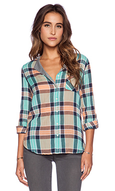 C&C California Split Neck Crinkle Plaid Shirt in Canteloupe
