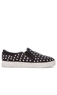 Circus by Sam Edelman Carlson Slip On in Black