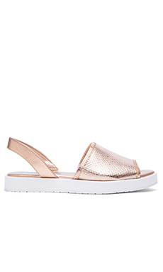 Circus by Sam Edelman Wilson Sandal in Rose Gold