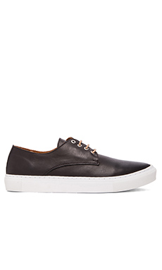 Common Cut Jack Sneaker in Leather Black