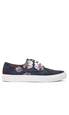 Common Cut Jack Floral 22 Sneaker in Navy