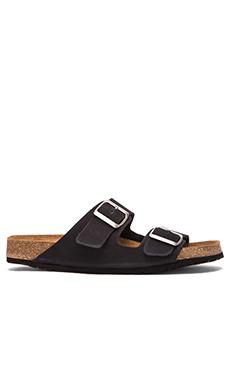 Common Cut Jamie Sandal in Black