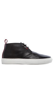 Common Cut Steve Chukka Sneaker in Black