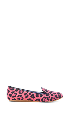 Charles Philip Shanghai Lizzette Loafer in Pink Leopard