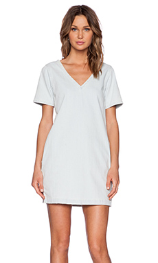 Current/Elliott The V Neck Shift Dress in Avalanche