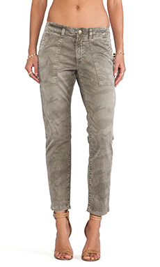 Current/Elliott The Army Buddy Trouser in Amy Camo