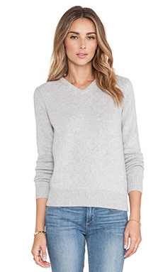 DemyLee Morgan V-Neck Cashmere Sweater in Light Heather Grey