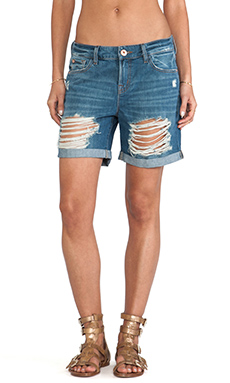 DL1961 Corie Slouchy Boyfriend Short in Commodore