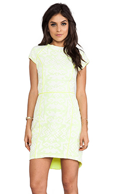 Dolce Vita Aletta Tribal Lace Short Sleeve Dress in Snow