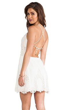 Dolce Vita Joao Dress in White & Natural