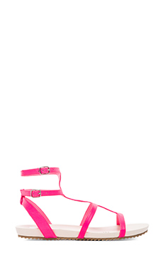 DV by Dolce Vita Bengie Gladiator in Neon Pink
