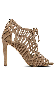 DV by Dolce Vita Timba Heel in Nude