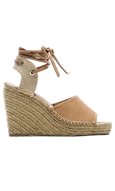 DV by Dolce Vita Sophia Wedge in Nude