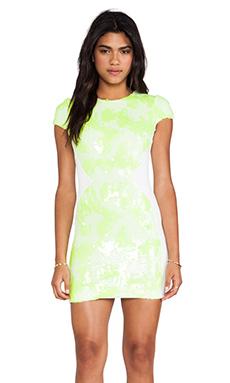 DRESS THE POPULATION Sabrina Mini Dress in Lemon Drop