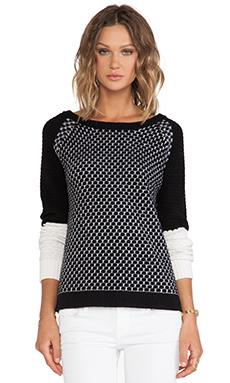 DUFFY Sweater in White & Black