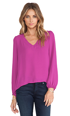Eight Sixty V-Neck Top in Orchid