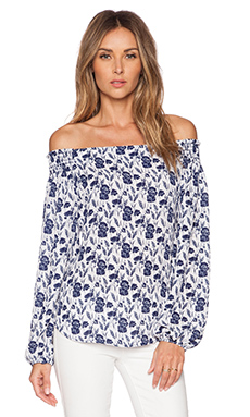 Eight Sixty Flower Fields Off Shoulder Top in White & Navy