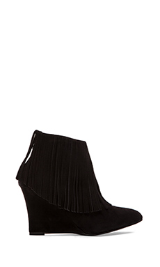 elysewalker los angeles Fringe Wedge Bootie in Black