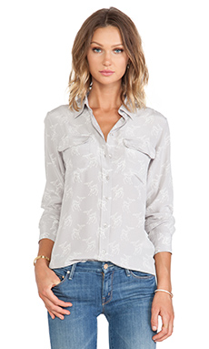 Equipment Slim Signature Leaping Fawn Blouse in Silver Sconce