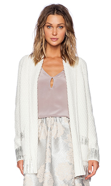 Essentiel Chic Nomads Cardigan in Ivory