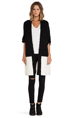Essentiel Hambrasta Into The Wild Sweater in Cream & Black