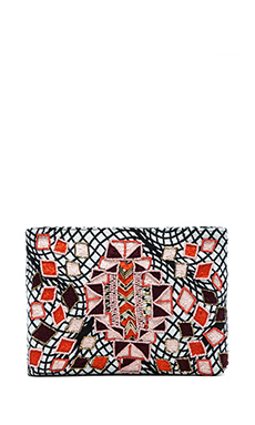 Essentiel Hennep Clutch in Pink