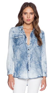 Etienne Marcel Denim Shirt in Beach