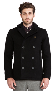 FARAH VINTAGE The Myton Peacoat in Black