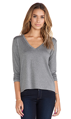 Feel the Piece Alec V Neck in Medium Heather