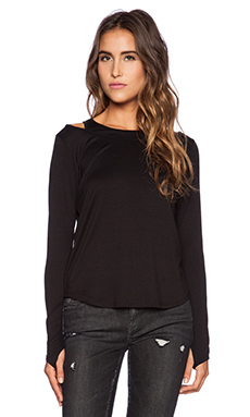 Feel the Piece Hollis Top in Black