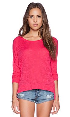 Feel the Piece Hazel Tee in Ultra Pink