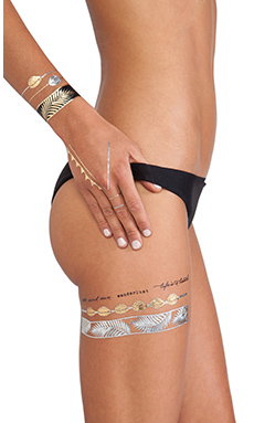 FLASH Tattoos Goldfish Kiss Tattoos in Gold & Silver