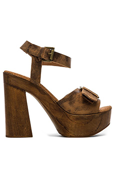 Freebird by Steven Canti Heel in Tan