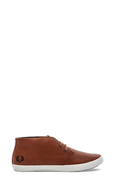Fred Perry Byron Mid in Tan/ Carbon