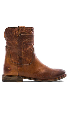 Frye Paige Short Boot in Cognac