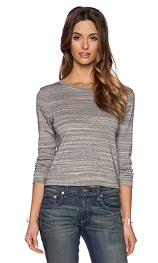 GETTINGBACKTOSQUAREONE Crop Sweatshirt in Straited Grey