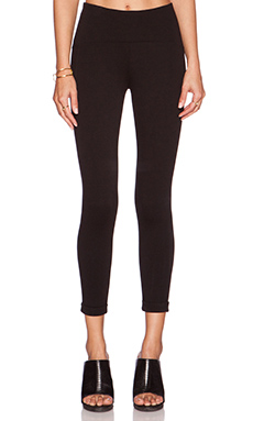 GETTINGBACKTOSQUAREONE Crop Legging in Black